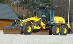 New Holland Grader gommato